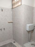 13M5U00474: Bathroom 2