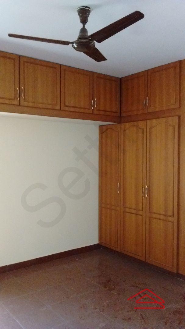 12J6U00326: Bedroom 1
