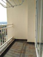 11OAU00240: Balcony 1