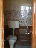 14M3U00214: bathrooms 1