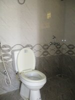 15M3U00112: Bathroom 1