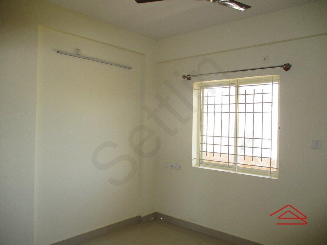 15M3U00112: Bedroom 1
