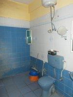 13A8U00117: Bathroom 3