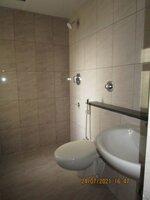 15J7U00326: Bathroom 2
