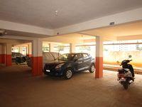 13A4U00216: parking 1