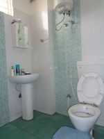 12A8U00057: Bathroom 1