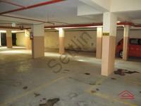 11F2U00092: parking 1