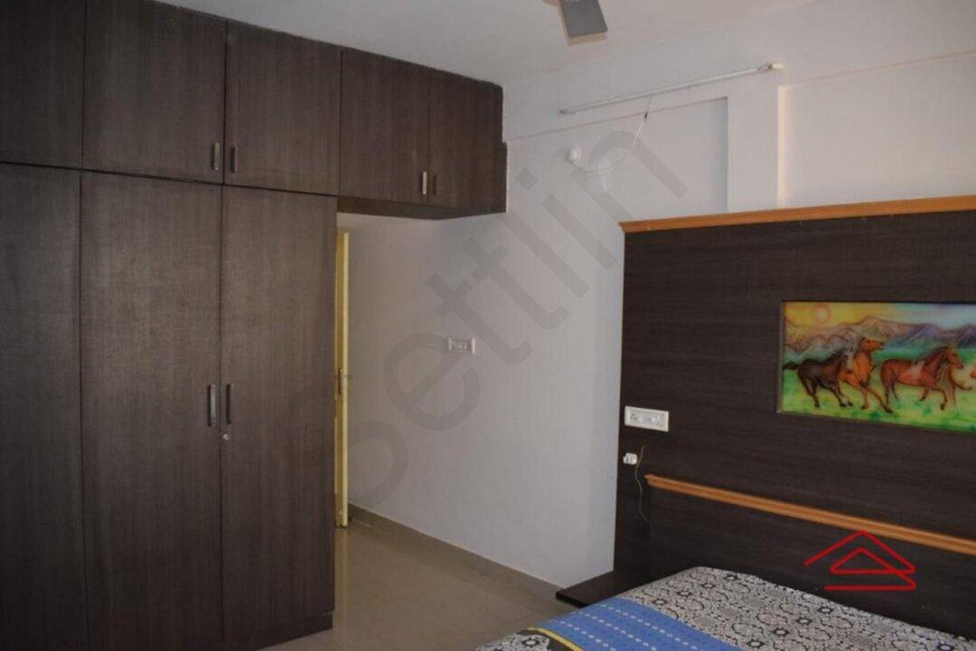 15A4U00200: Bedroom 1