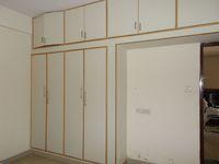 13F2U00319: Bedroom 2