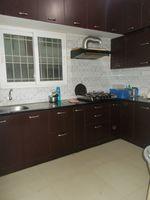 13J6U00458: Kitchen 1