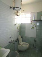 13F2U00589: Bathroom 2
