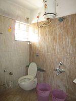 13F2U00589: Bathroom 1