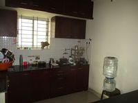 13J1U00132: Kitchen 1
