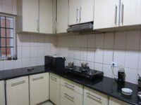 13J6U00141: Kitchen 1
