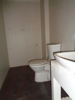 12J1U00016: Bathroom 1