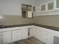 12J1U00016: Kitchen 1