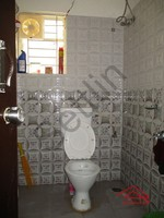 10DCU00179: Bathroom 2