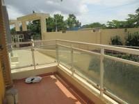 11A8U00240: Balcony 3