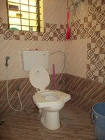 11A4U00169: Bathroom 1