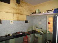 #90/4: Kitchen 1