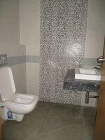 15F2U00081: Bathroom 4