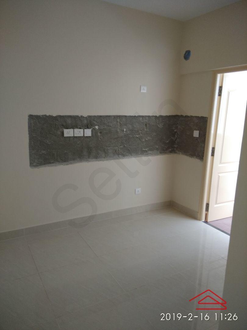 13F2U00405: Bedroom 1