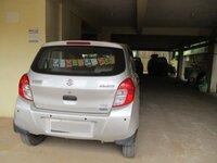 15J7U00050: parkings 1