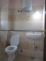 15M3U00327: Bathroom 3