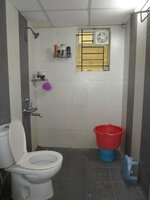 15A4U00152: Bathroom 2