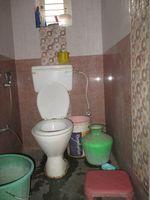 Ground: Bathroom 1