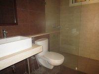 14F2U00500: Bathroom 2