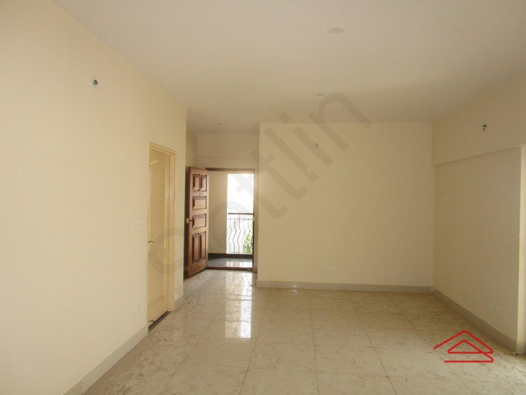 13NBU00165: Hall 1