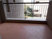 13J1U00087: Balcony 1