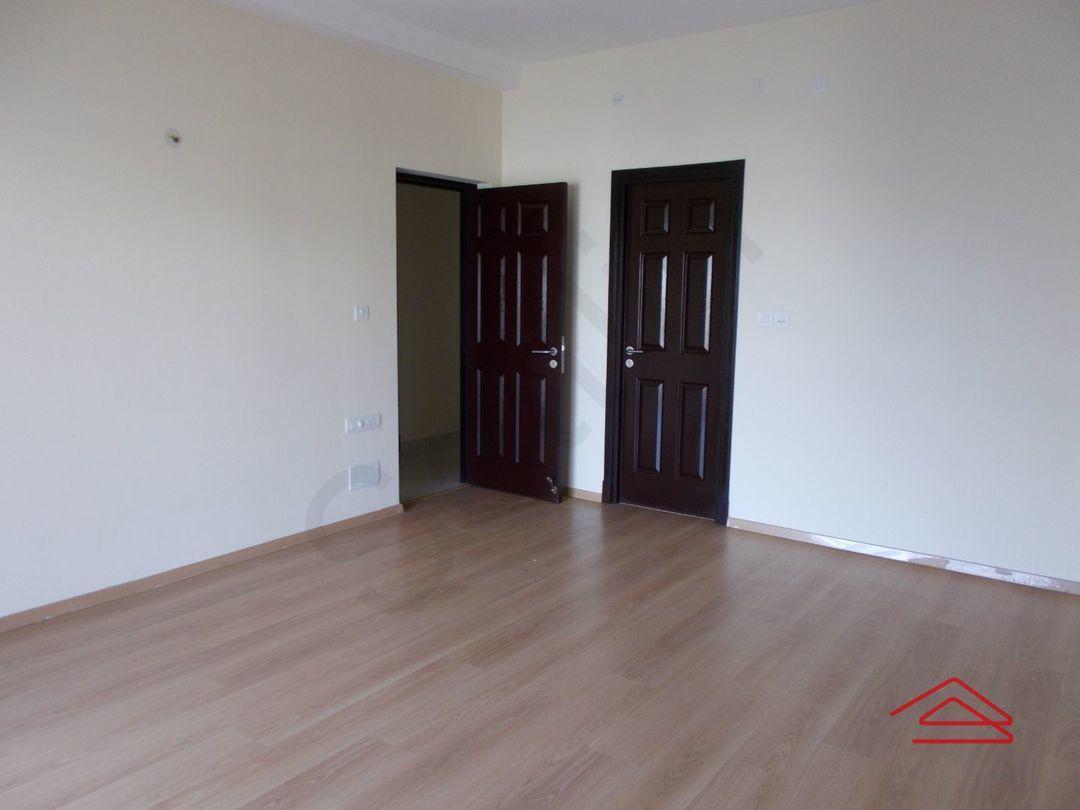 13J1U00087: Bedroom 1