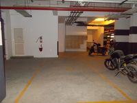 13J1U00087: parking 1