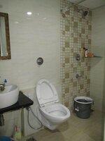 15S9U00670: Bathroom 1