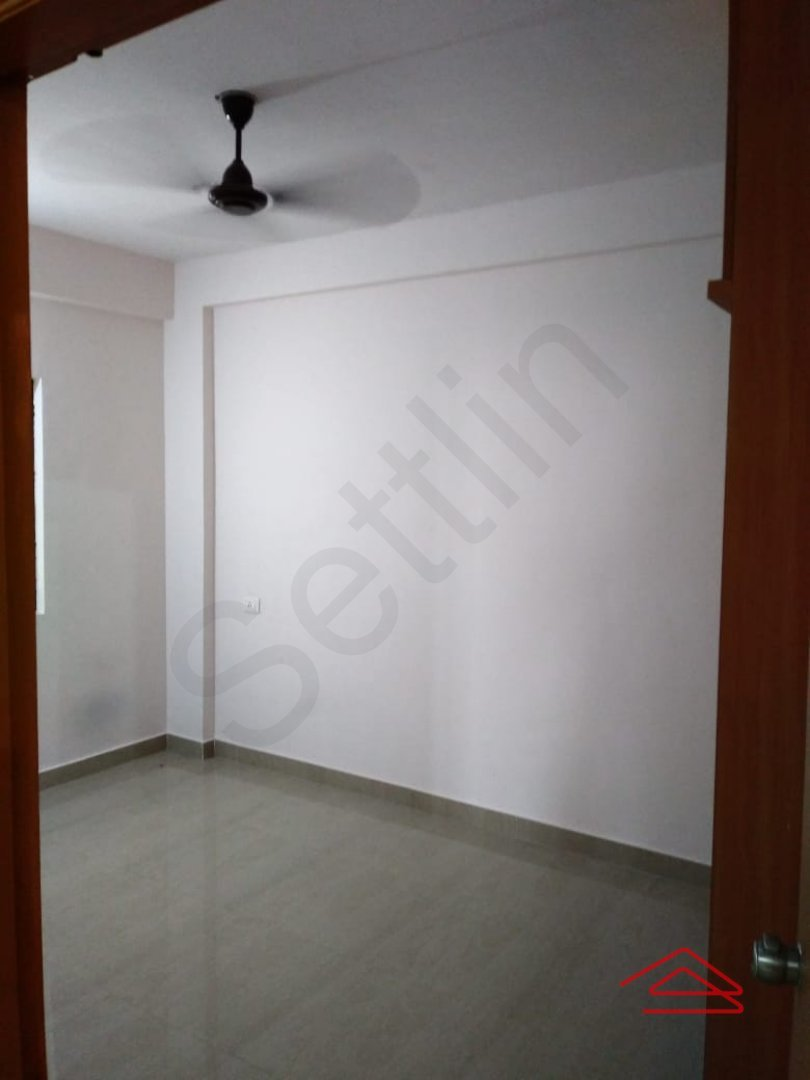 14J1U00433: Bedroom 1