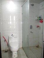 15J7U00199: Bathroom 1
