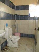 15S9U00782: Bathroom 2