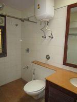 13A4U00156: Bathroom 1