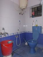 12A8U00097: Bathroom 1