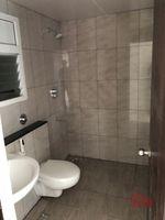 13M5U00436: Bathroom 1