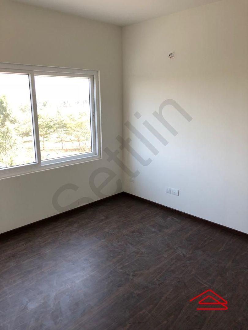 13M5U00436: Bedroom 1