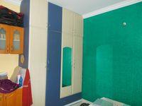 12J6U00406: Bedroom 2