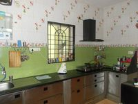 12J6U00406: Kitchen 1