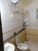 15F2U00258: Bathroom 2