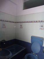 12A8U00278: Bathroom 2