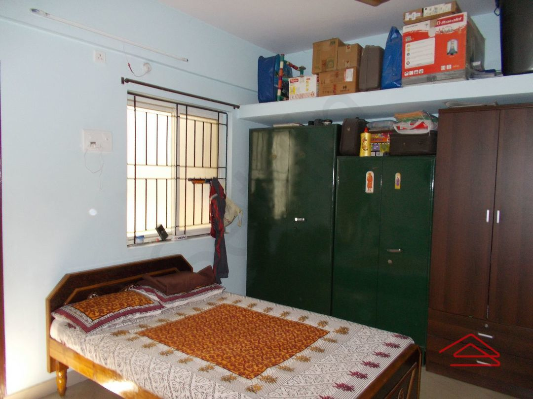 12J1U00104: Bedroom 1