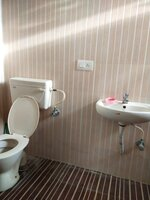 15A4U00401: Bathroom 1