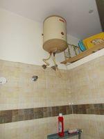 13J7U00407: Bathroom 1